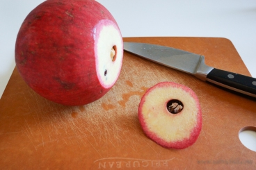 Pomegranate de-seed steps