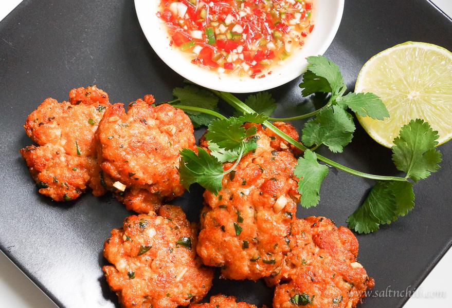 Thai fish cakes salt chili for Thai fish cakes