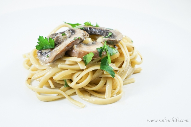 Linguine with Mushroom Cream Sauce